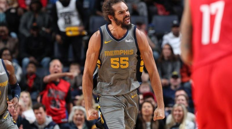 Noah voa para Los Angeles