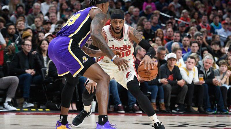 Melo já veste as cores dos Lakers
